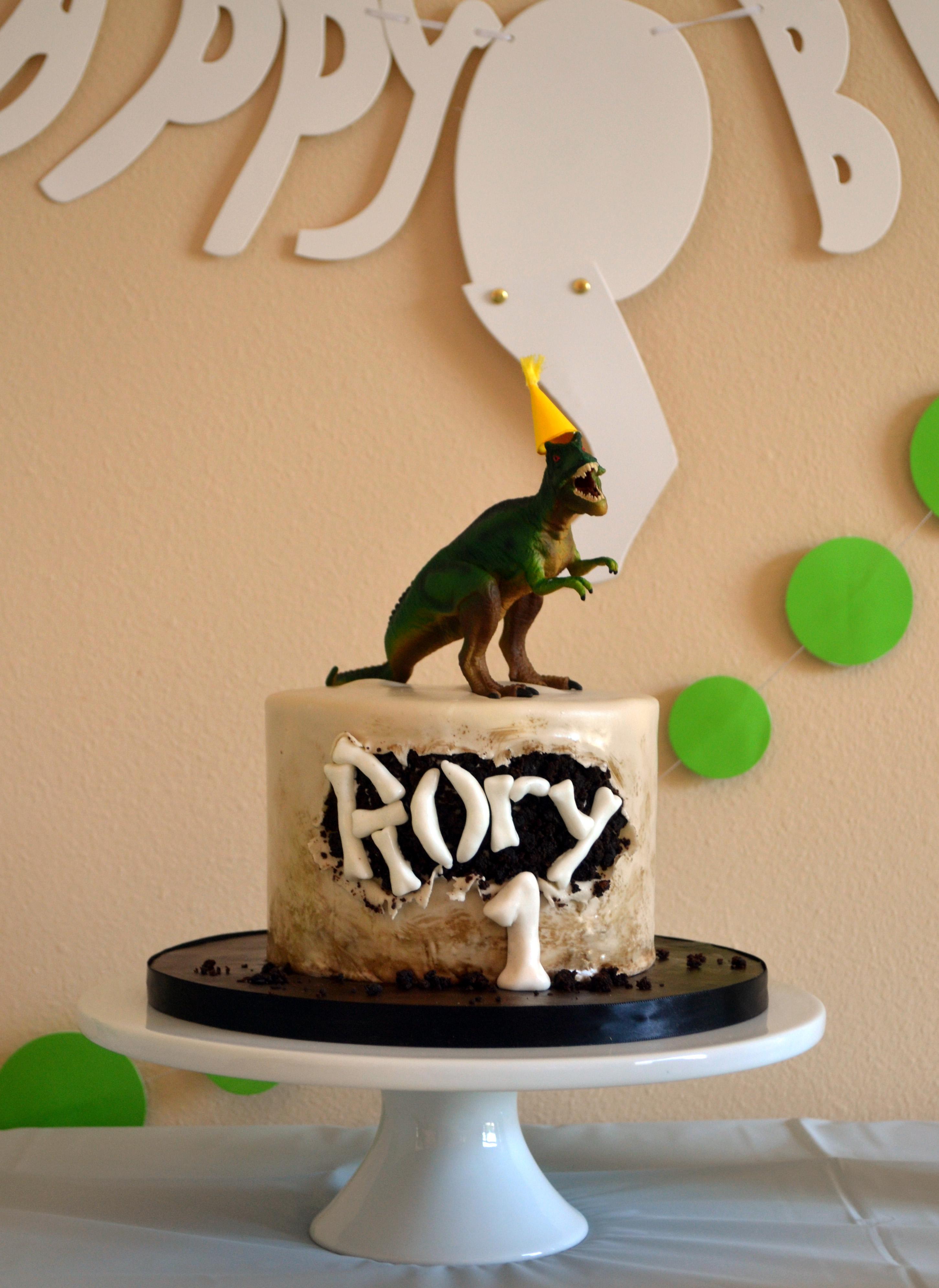 Dinosaur Birthday Cake Littles Life Amp Laughter